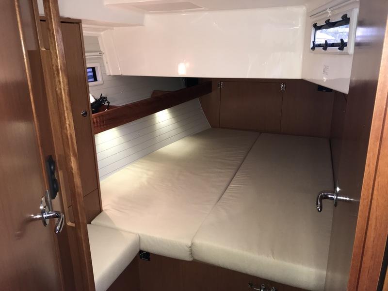 -Audrey Rose - starboard Aft Cabin resize.jpg