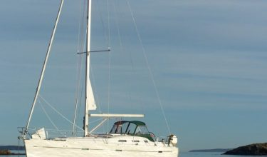 Beneteau 40 sail boat rental, a great boat for a day of our flotilla and your sailing days.