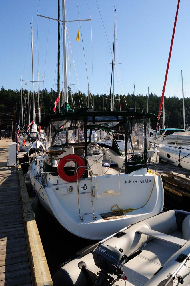 Back to Sailing School! Picking up a Mooring buoy