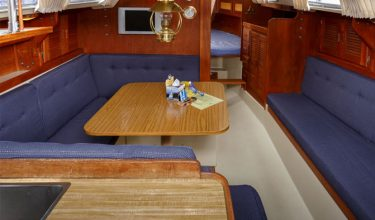 Hunter 30 Yacht Rental