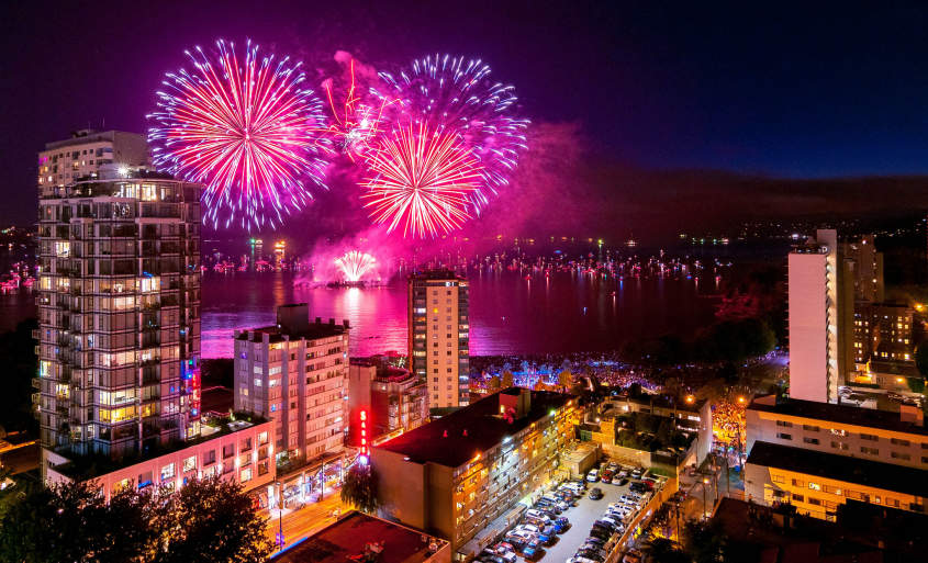 The popular high season in the Summer, runs from July to September when Vancouver celebrates the Summer.